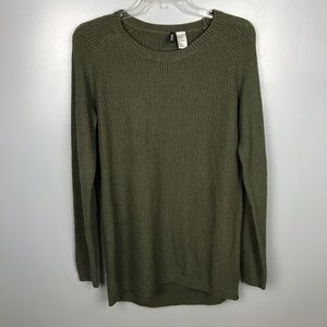 H&M Divided Green Crewneck Sweater